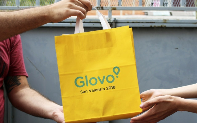 "Glovo incorpora botón ""San Valentín"" para atender demanda de pedidos por delivery"