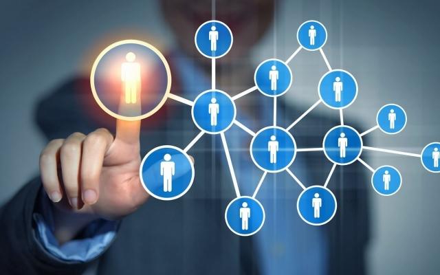 Networking eficaz:  Cómo convertirte en un experto en 8 pasos